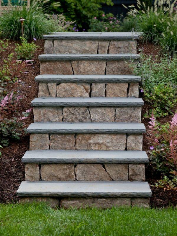 Gartentreppe selber bauen und sich den Weg durch den
