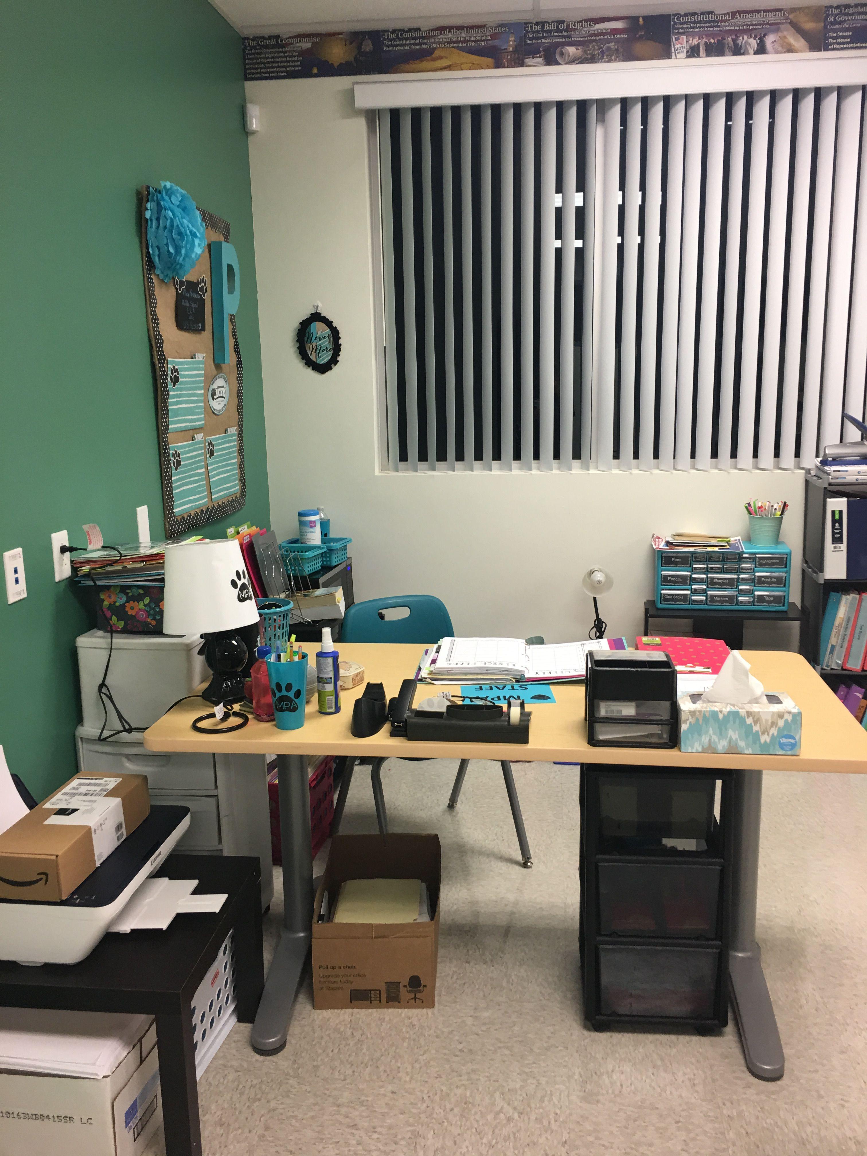 pin by robin pragano on classroom corner desk on smart corner home office ideas id=73442