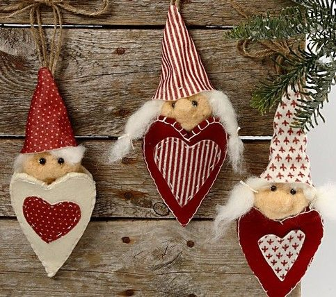 10312 Christmas Decorations You Can Make Yourself