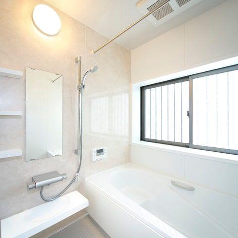 浴室 バスルーム トイレ のデザインアイデア インスピレーション 写真 バスルーム インテリアデザイン デザイン アイデア