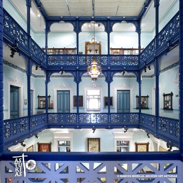 """Museo de la Emigración. Interior """"Quinta Guadalupe"""" que aloja el Archivo de Indianos en la localidad asturiana de Colombres."""