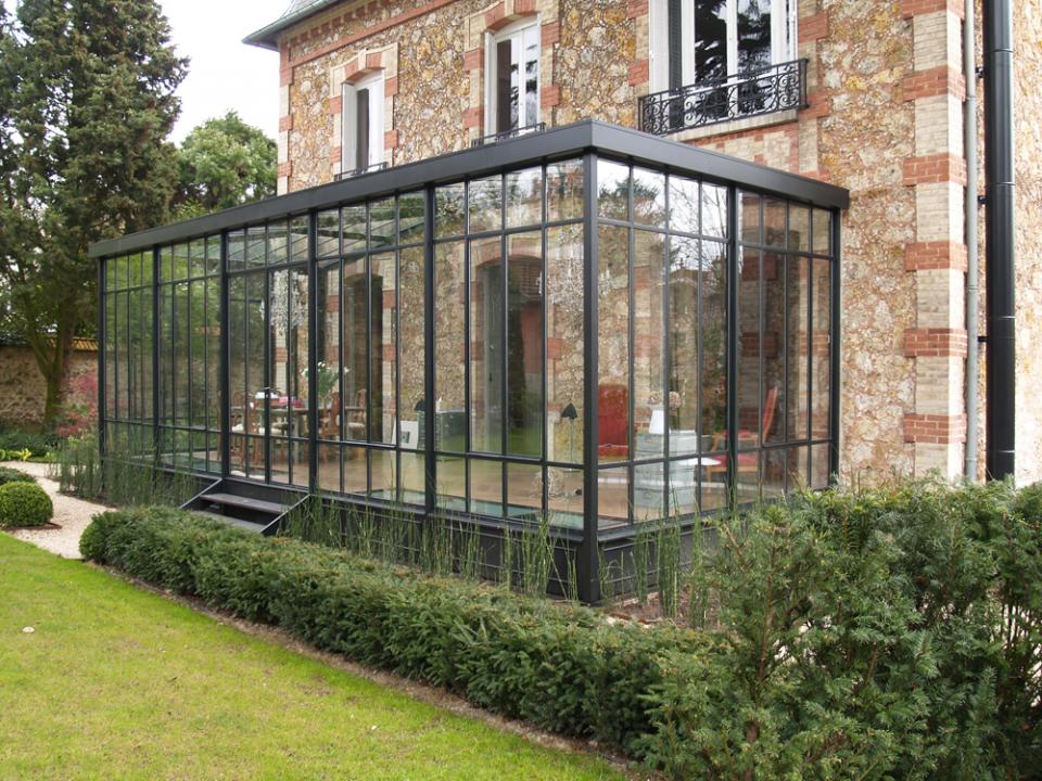 pingl par camille k sur veranda serres pinterest veranda verriere et maison. Black Bedroom Furniture Sets. Home Design Ideas