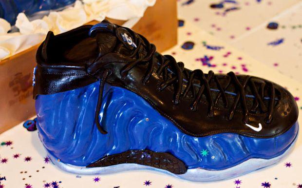 "Nike Air Foamposite One ""Dark Neon Royal"" Birthday Cake  cf8917f9e"