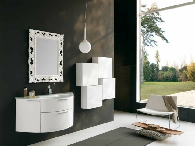 Miroir de salle de bain à l\'encadrement design | Salle de bains ...