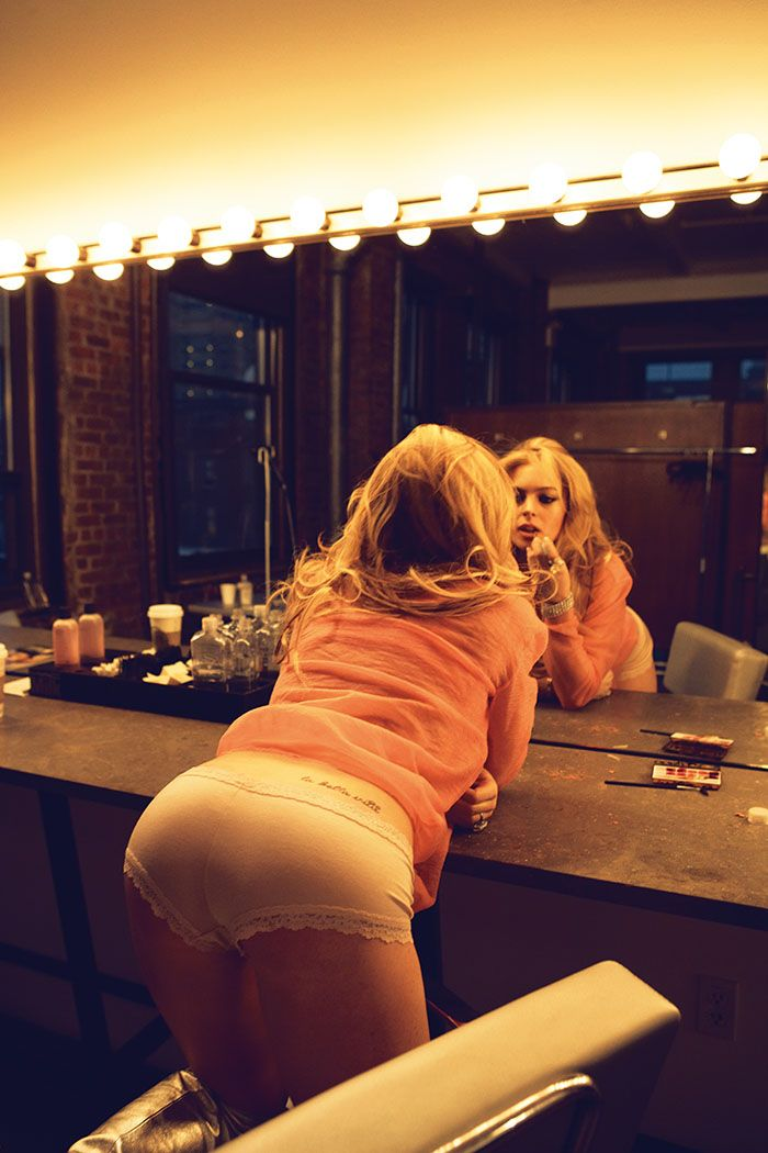 Ass lindsy lohan naked nickelodeon