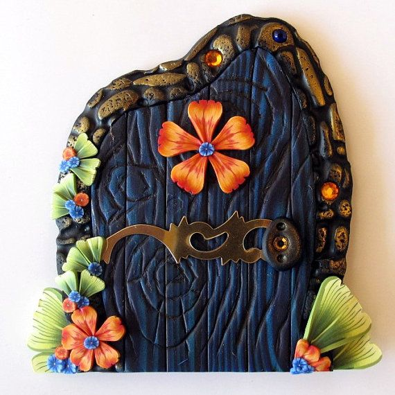 beautiful blue fairy door - love this too ❤️❤️❤️