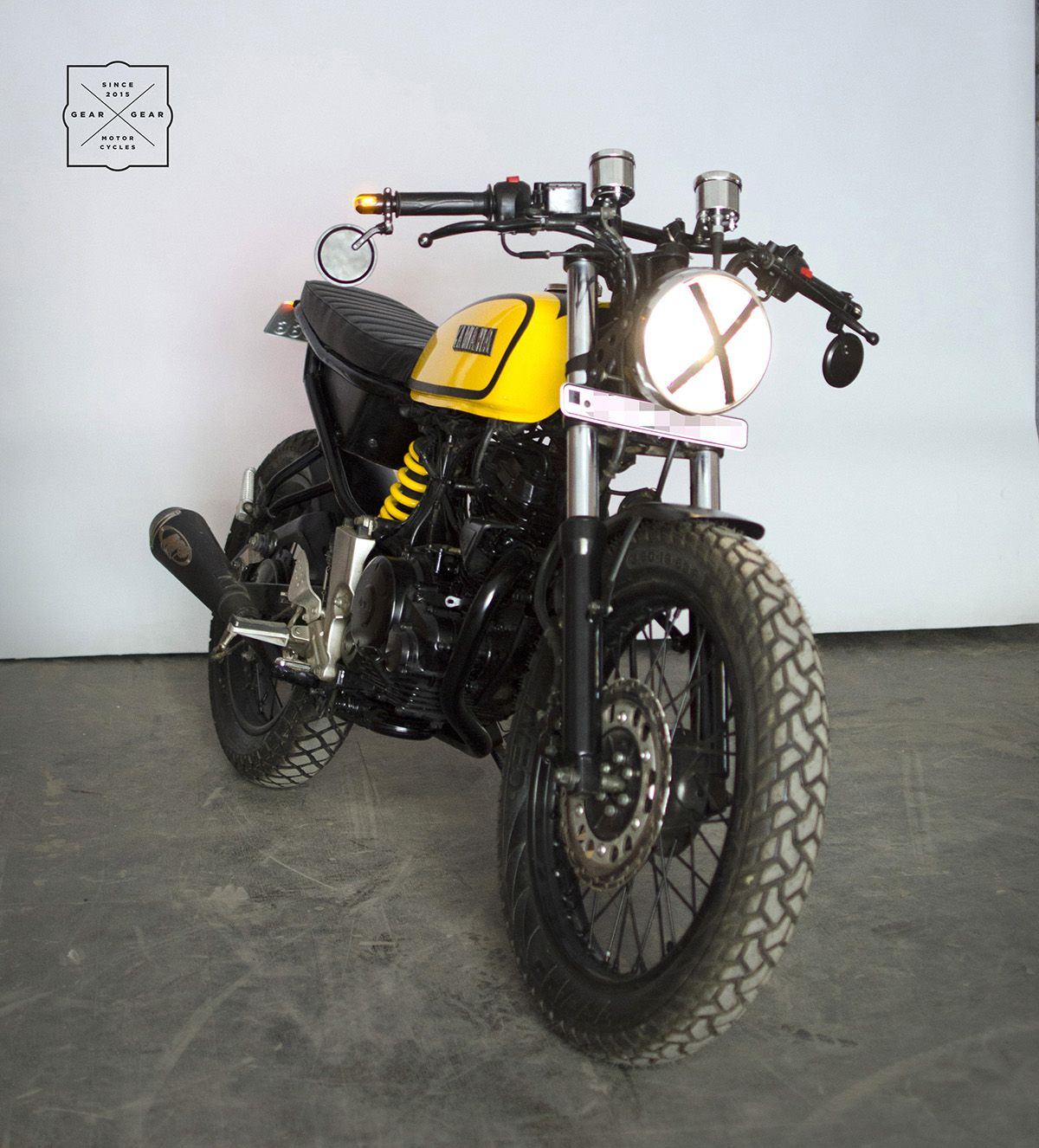 Yamaha Fz Modified Into A Yamaha Rx100 By Gear Gear Motorcycles