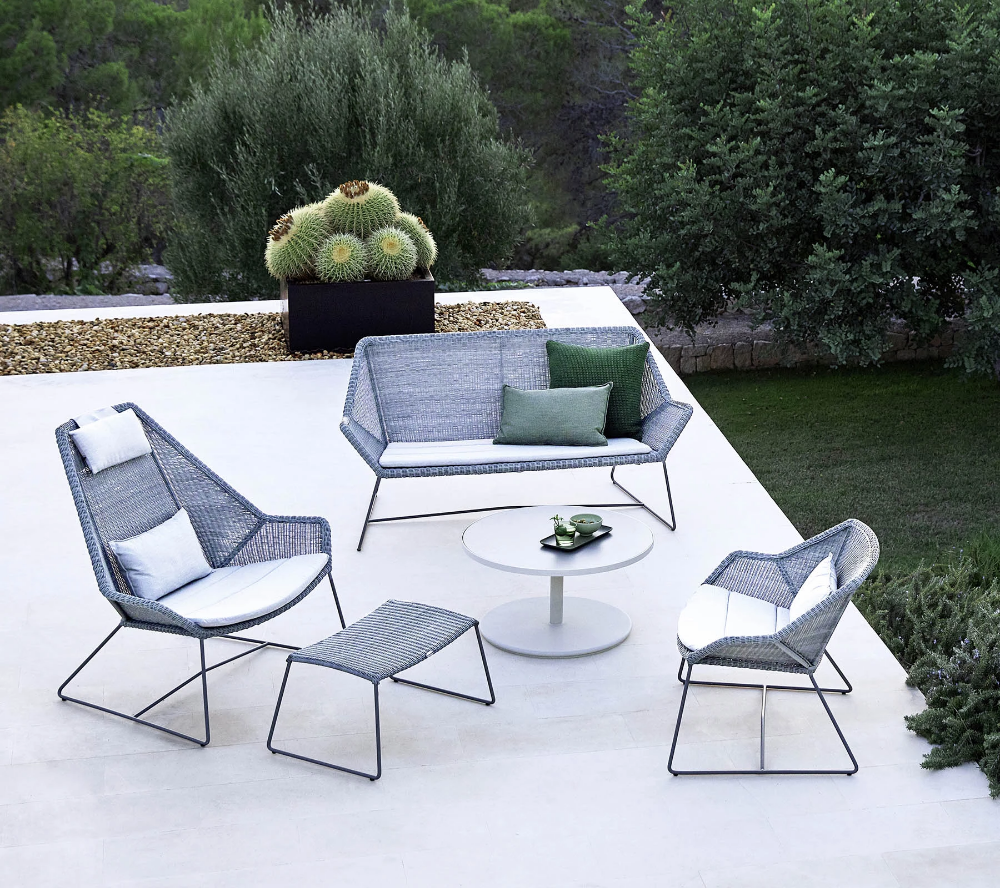 Breeze Highback Chair 5469 With Images Modern Outdoor Lounge