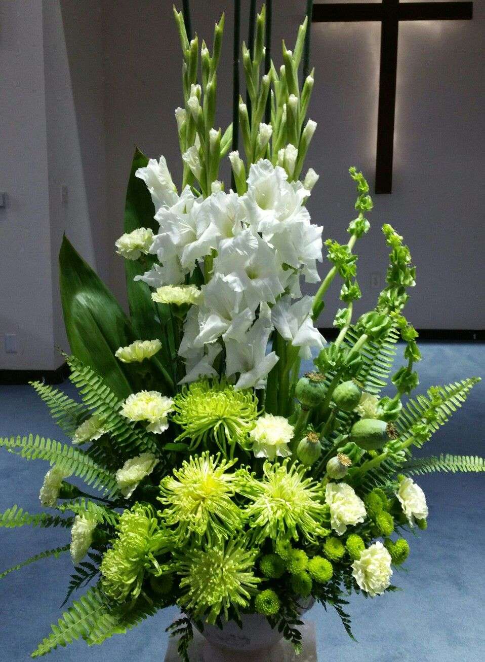 Pin by my info on flower creations by me pinterest flower church flower arrangements funeral arrangements church flowers funeral flowers altar flowers real flowers flower centerpieces gladiolus centerpiece izmirmasajfo