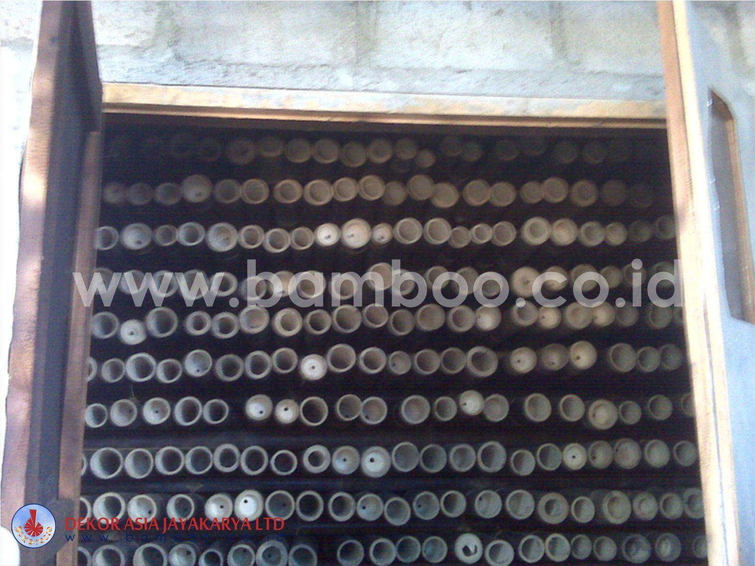 Bamboo Pole 06