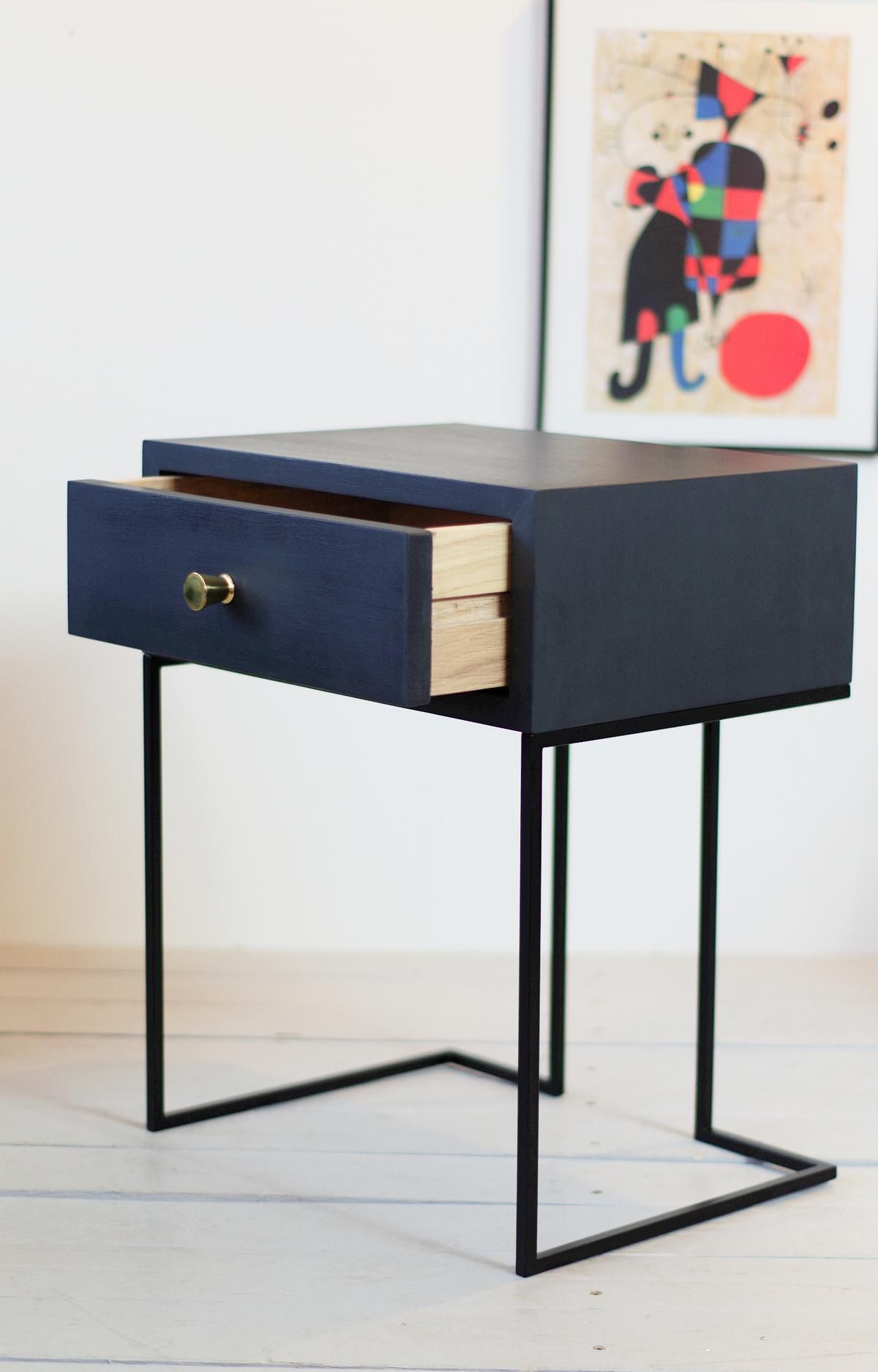 Black Metal Bedside Tables: NORD 02 NORDIC 02 Black Bedside Table By Aliusydecor In