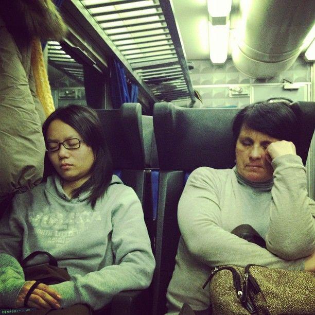 Facce da treno ore 31 e 30   (photo by Bg)