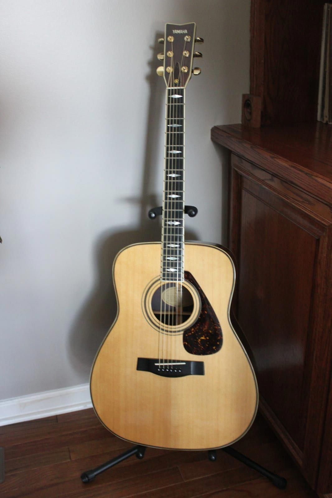 Yamaha Acoustic Guitars Which Are Really Cool Yamahaacousticguitars Best Acoustic Guitar Yamaha Guitar Yamaha Acoustic Guitar