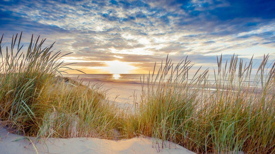 sonnenuntergang ber dem strand von ameland natur beach painting und sea. Black Bedroom Furniture Sets. Home Design Ideas