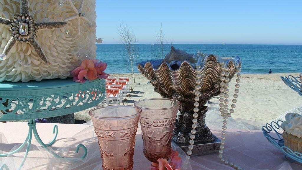 Beach wedding, beach wedding venue, beach wedding idea, San Diego beach wedding - Oceanside house rental