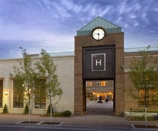 The H Hotel Is A Por Choice Amongst Travelers In Midland Mi Whether Exploring Or Just Ping Through Offers Wide Range Of Amenities And