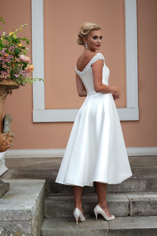 Mia Beaded Mikado Retro Wedding Dress With Pockets Brighton Belle Retro Wedding Dresses Short Bride Dresses Wedding Dress With Pockets [ 1500 x 1000 Pixel ]