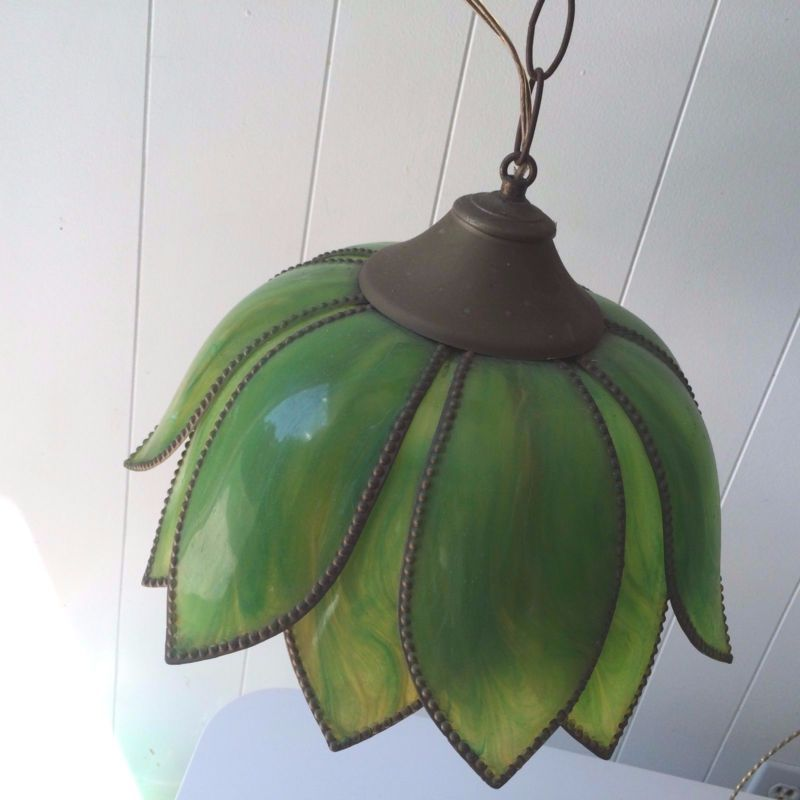 Antique Slag Lamp Fringe | ... Green Tulip Petal Shaped Stained Bakelite  Slag Hanging