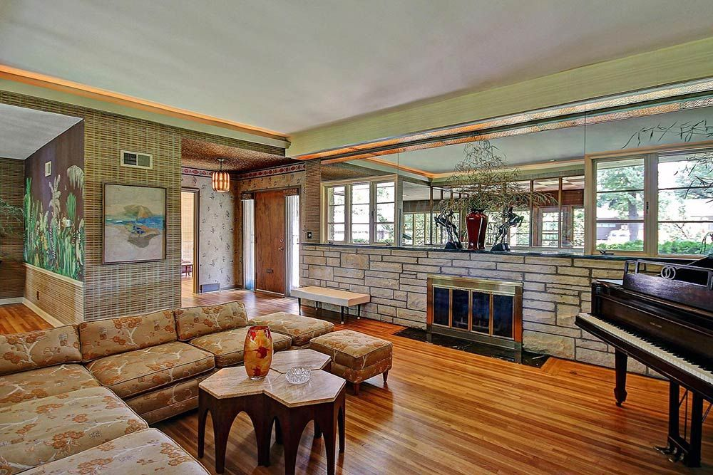 Tulsa Time Capsule With Incredible Asian Meets Frank Lloyd Wright Decor Retro Renovation