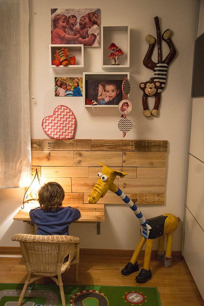Diy como hacer una mesa escritorio infantil de palets - Mesas de palets de madera ...
