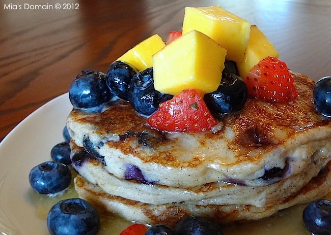 Mia's Domain | Real Food: Blueberry Cinnamon Pancakes (gluten-free)