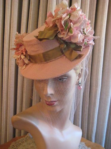 40S-PINK-FABRIC-TILT-HAT-W-CLUSTERS-OF-FLOWERS-VEIL