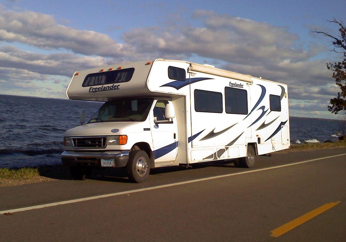 40aff71aae Motorhome Rentals - Honstad RV Rentals Motorhome Pop-Up Tent Camper Rental  in Southern Minnesota