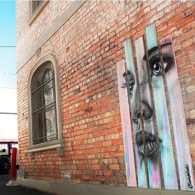 Http://www.streetartbio.com