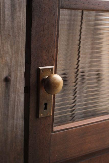 ボード ドア のピン