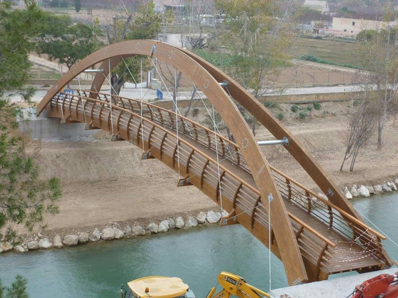 Puente Madera. Pasarela Wood Bridge. Timber Bridge