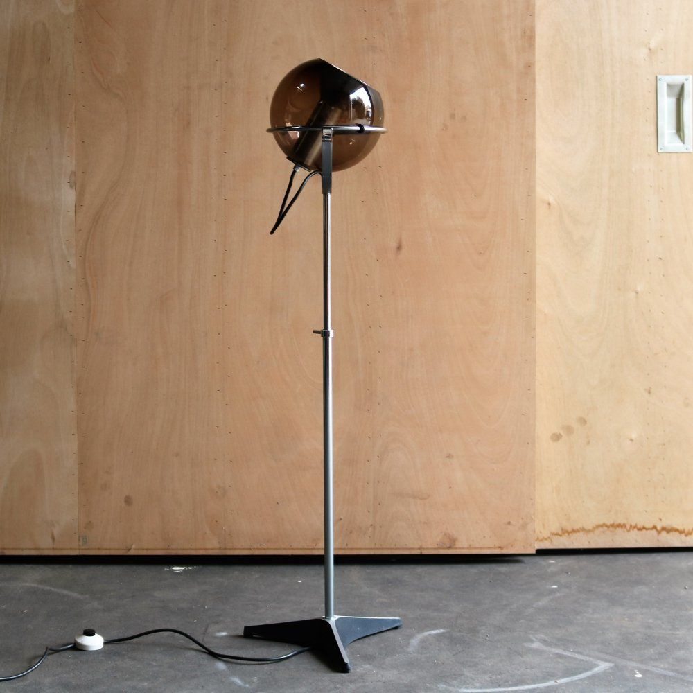 For Sale Globe Floor Lamp By Frank Ligtelijn For Raak Amsterdam 1960s Globe Floor Lamp Floor Lamp Flooring