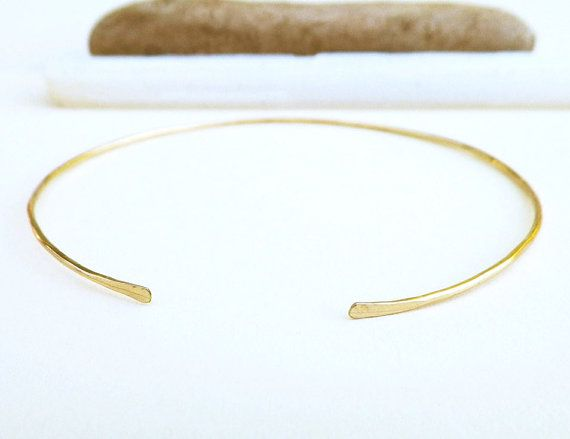Gold Hammered Bracelet Pretty Little Thing Qm8Y1C7D