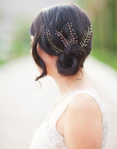 bridal hair with pins