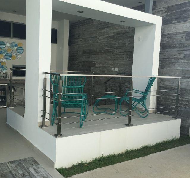 Puertas De Garaje En Aluminio Y Cristal Puerto Rico