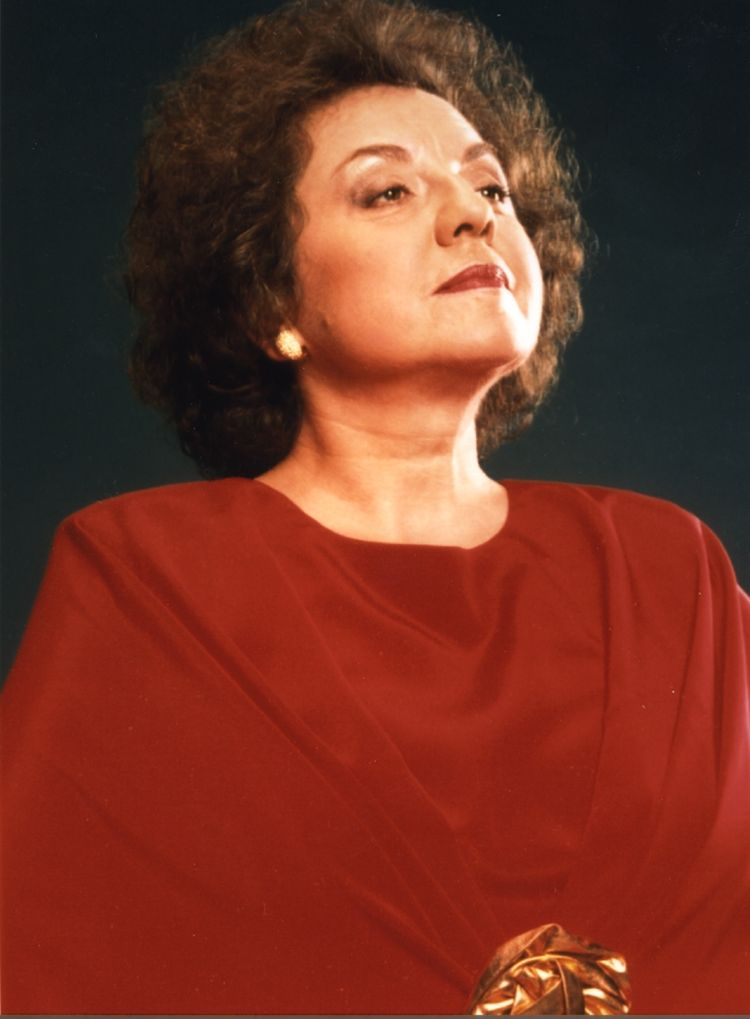 Contralto Ewa Podles sings Marquise de Birkenfeld when THE