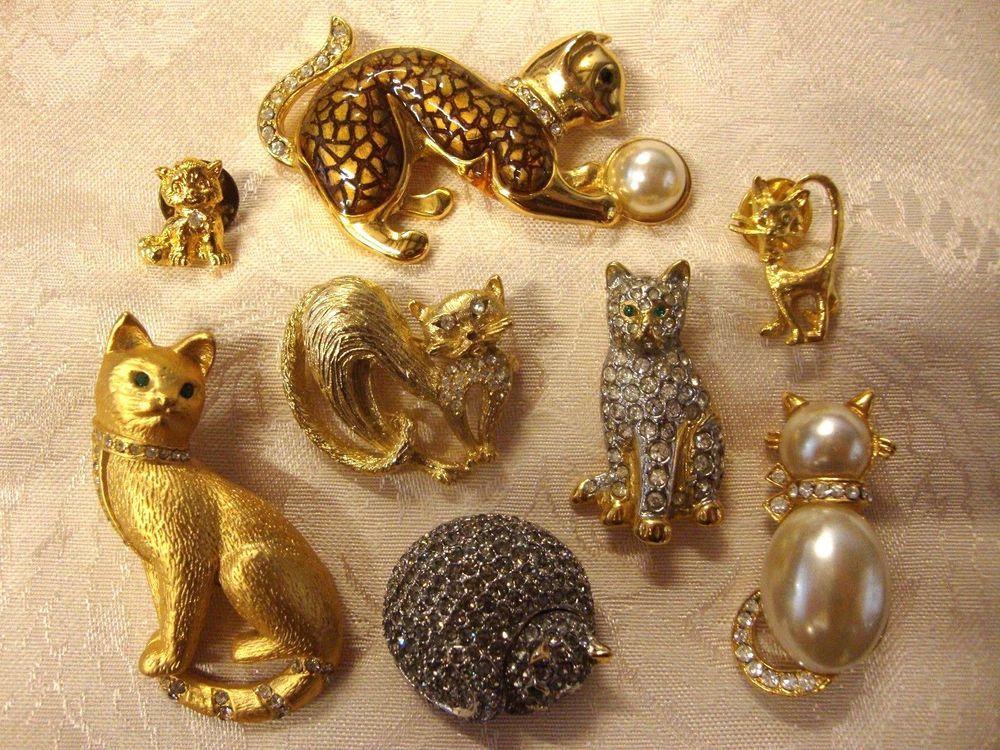 Cute cat lapel pin cat badge Kitsch kitten cat floral cat FOR SALE Cat pins Cat lady broach cat brooch cat Jewellery