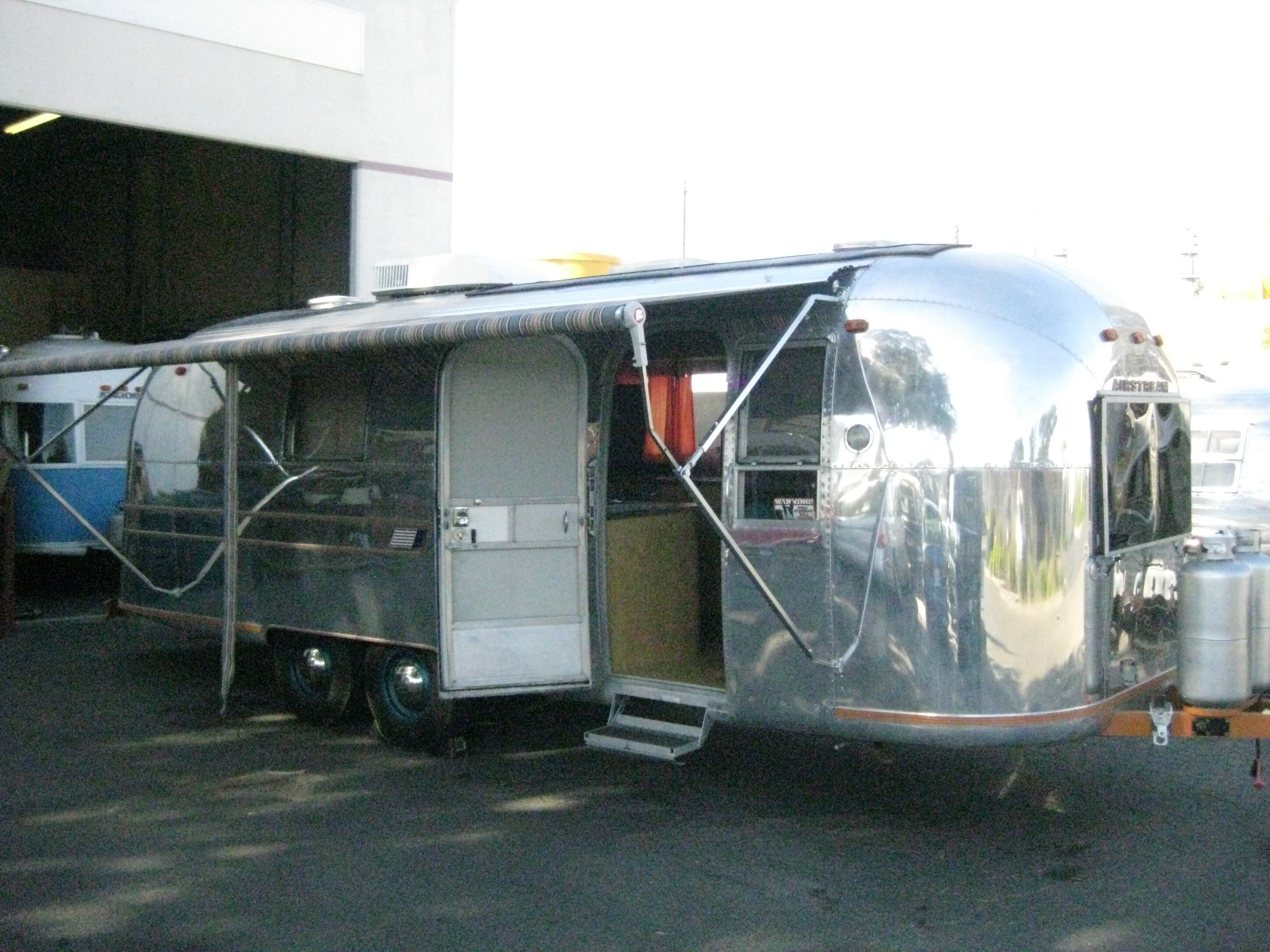 boondock tag awning or trailer can if awnings img rv the hardware horse hanging you from closely bust look torn see