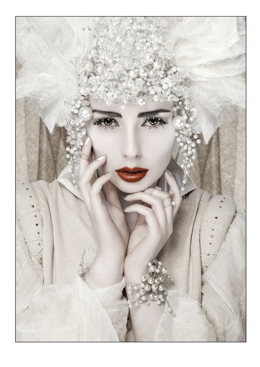 Look for sarah snow model