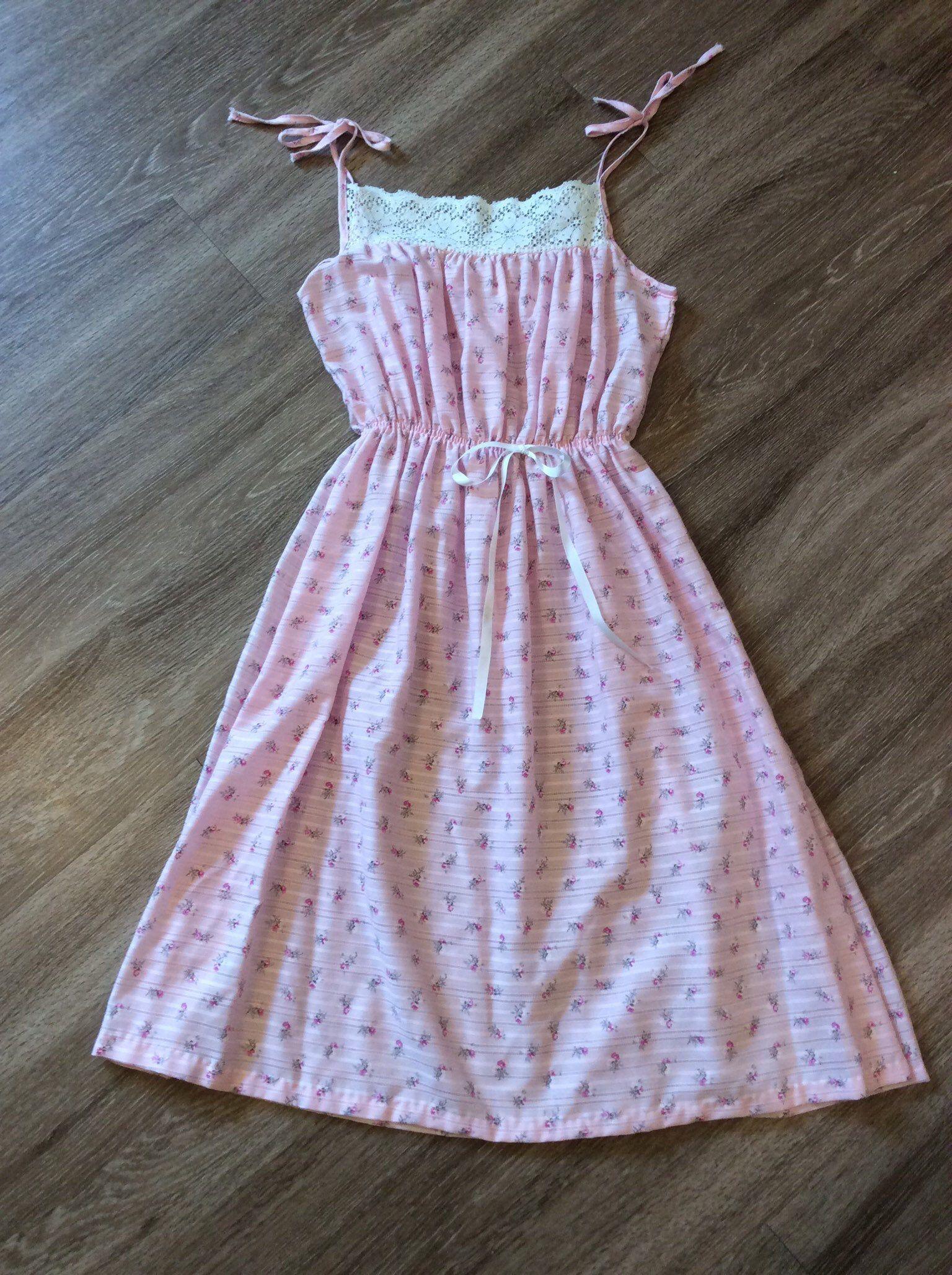 Vintage 70s Sundress Boho Hippie Summer Dress Midi Bohemian Etsy Vintage Summer Fashion Vintage Summer Dresses Midi Dress Summer [ 2056 x 1536 Pixel ]