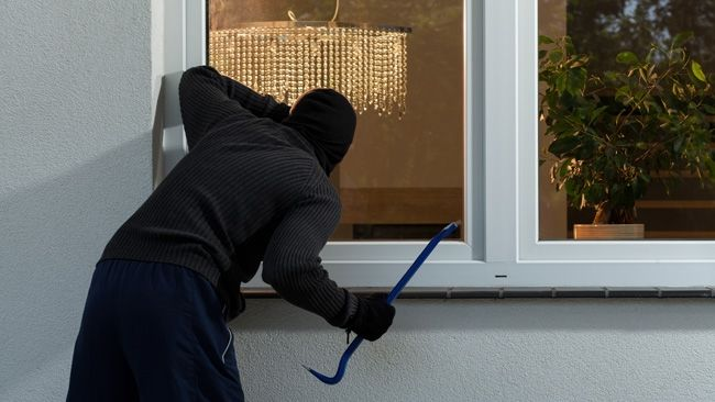 Follow our tips to discourage would-be thieves from burgling your home.