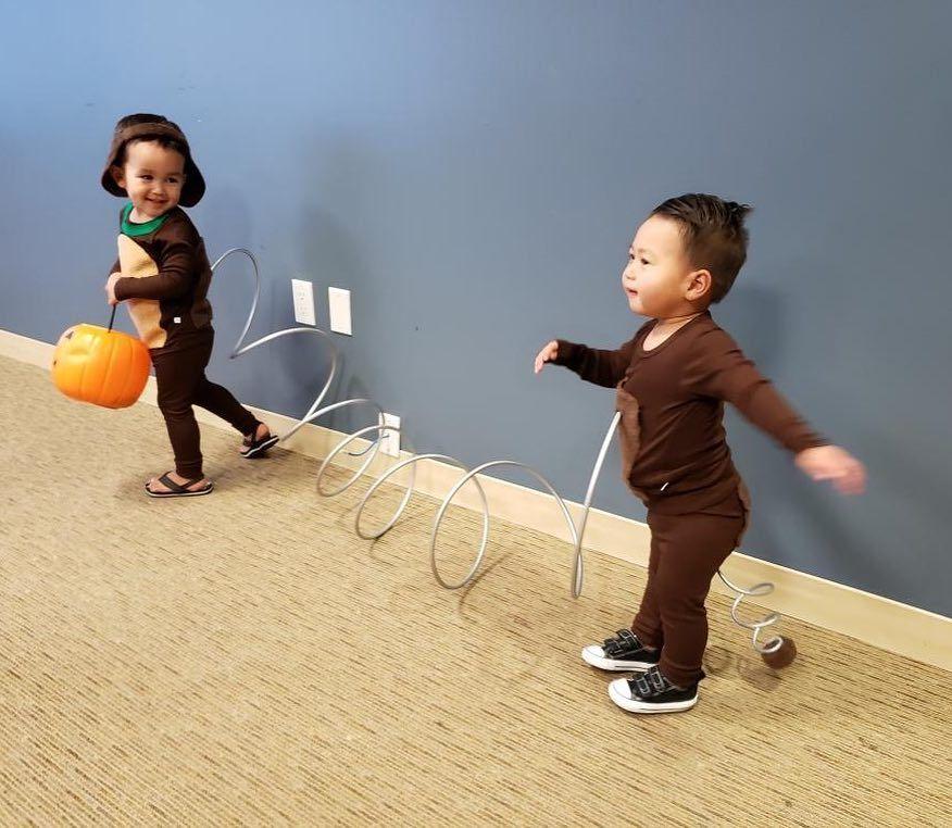 Diy Toy Story Slinky Dog Costume Kostume Zwillinge Zwillinge