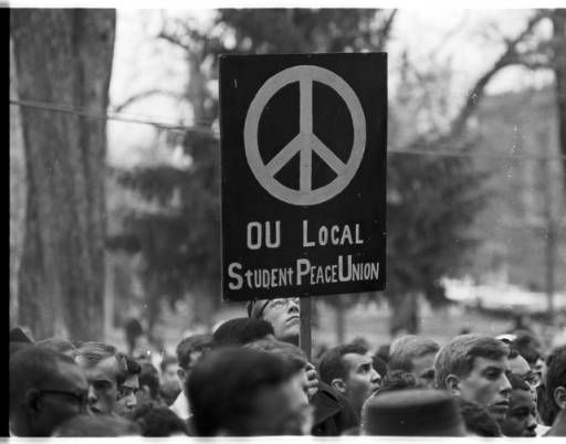 Freedom March Protester Holds Ou Local Student Peace Union Sign At Ohio University 1963 Ohio University Archives Ohio University Student University
