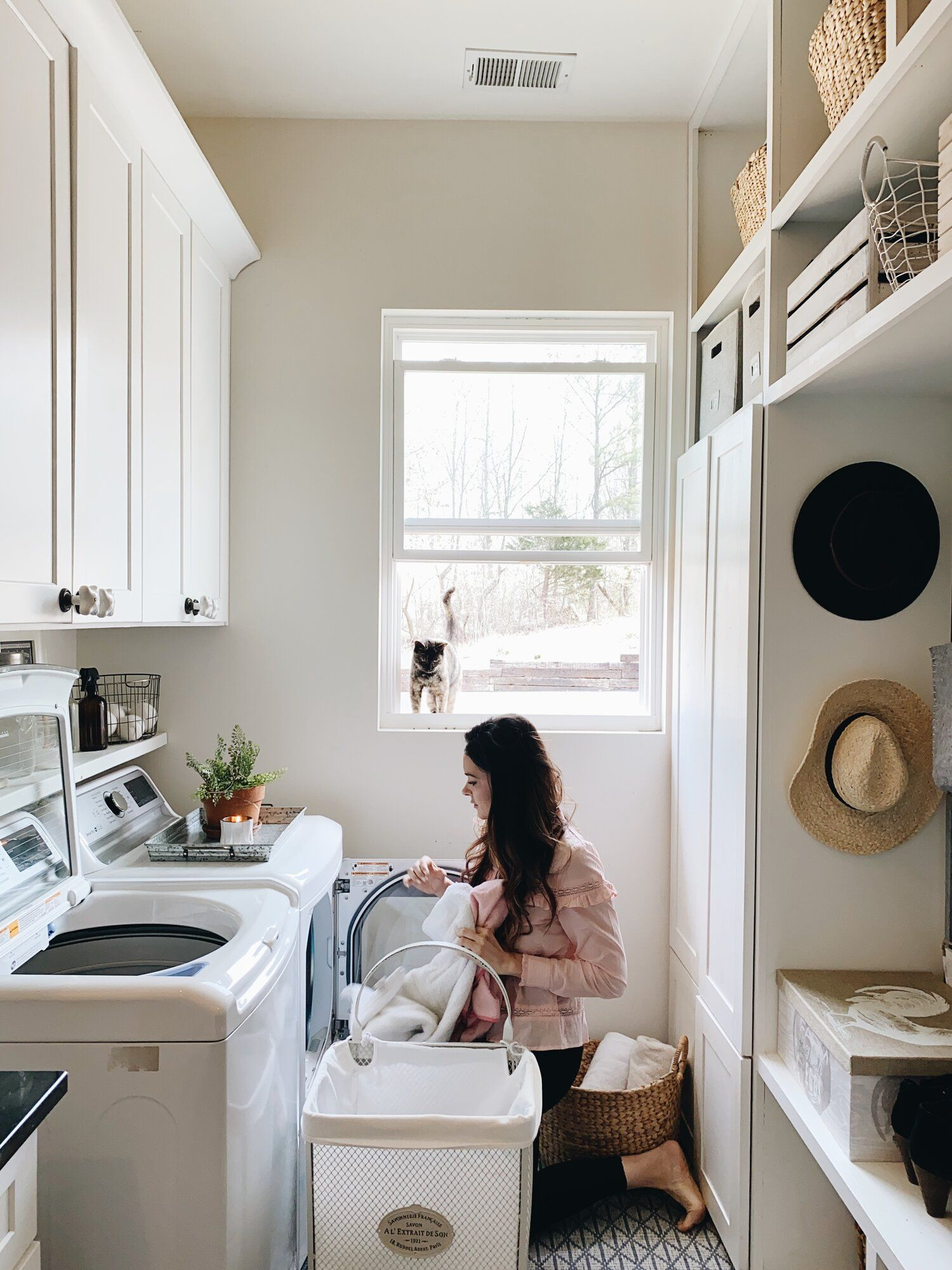 Spring Laundry Room Refresh In 2020 Home Appliances Home Room