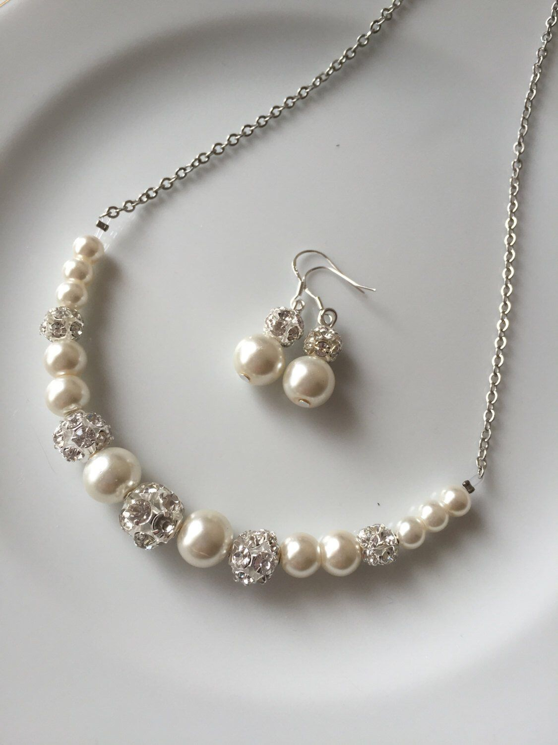 Ivory pearl jewelry,  ivory pearl necklace, wedding jewelry for brides, wedding jewelry set, wedding jewelry for bridesmaids, bridal #pearljewelry
