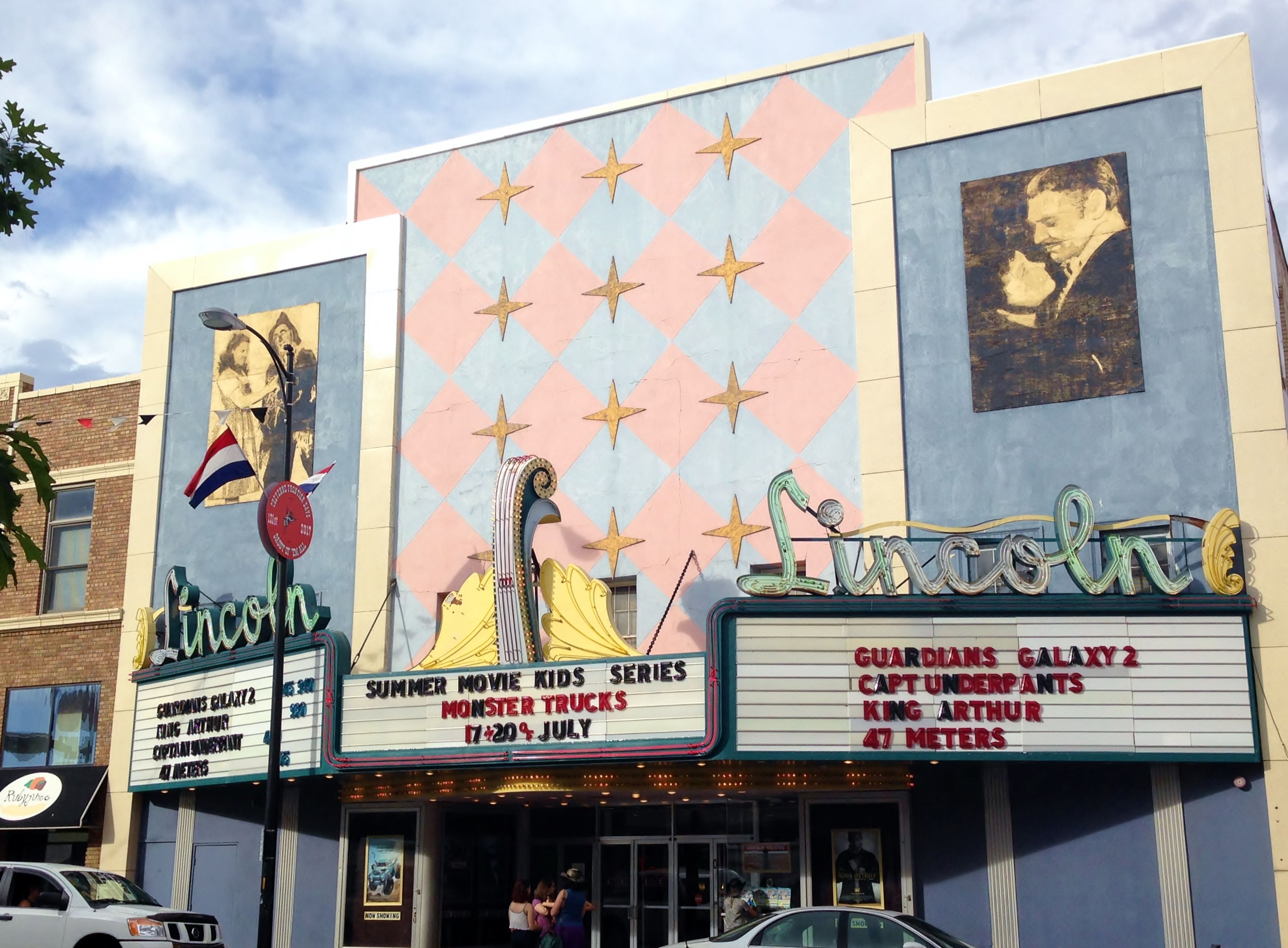 Movies playing in cheyenne wyoming
