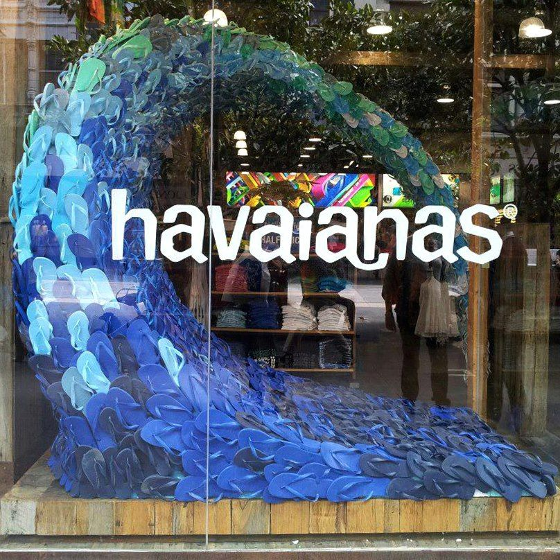 havaianas amazing and creative store window display shopd pinterest schaufenster. Black Bedroom Furniture Sets. Home Design Ideas