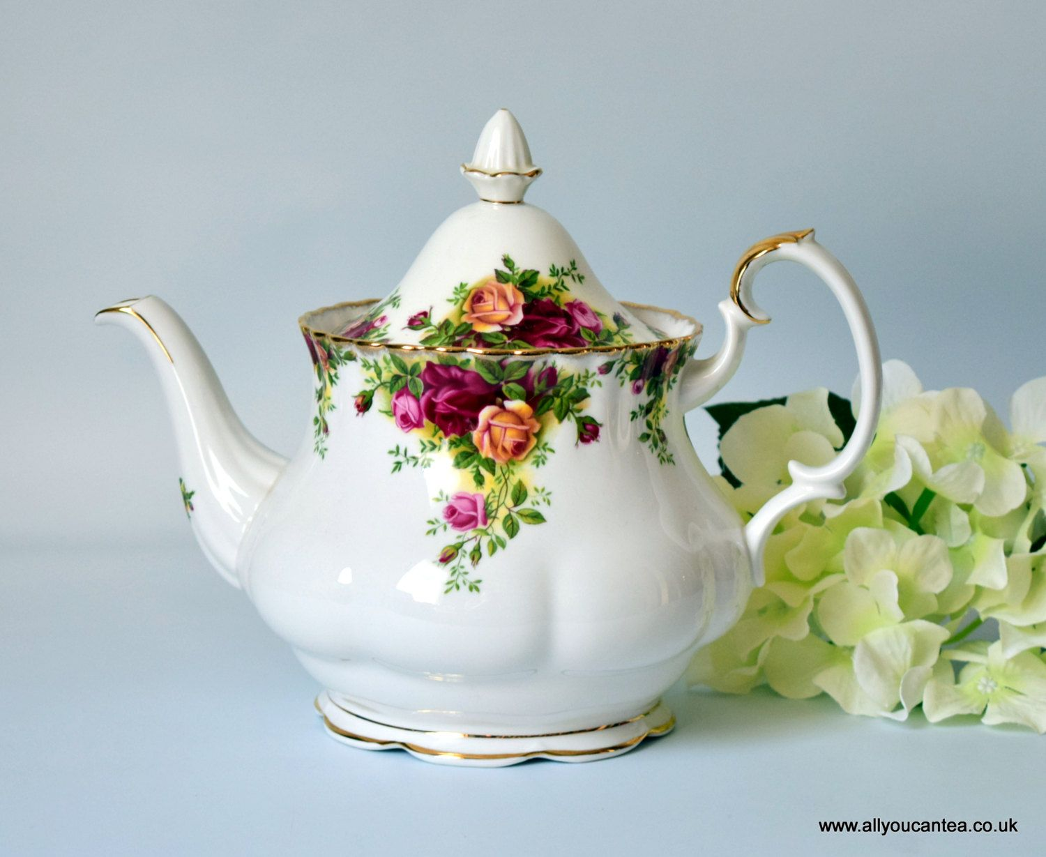 Amazing Classics: Royal Albert Bone China, Large Teapot, Old Country ...