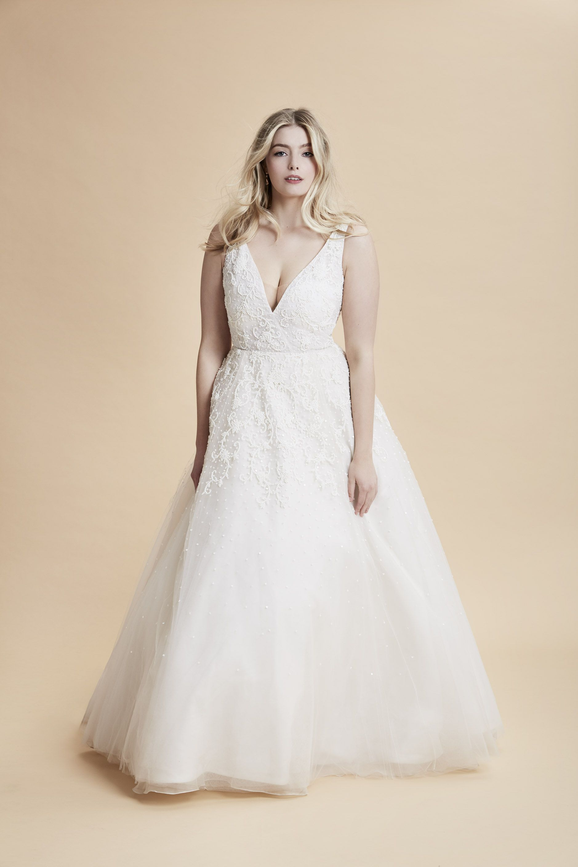Anne Barge Curve Couture Versailles Plus Size Bridal Couture