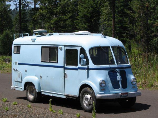 Vintage Step Vans   Camper caravan, Vintage camper ...