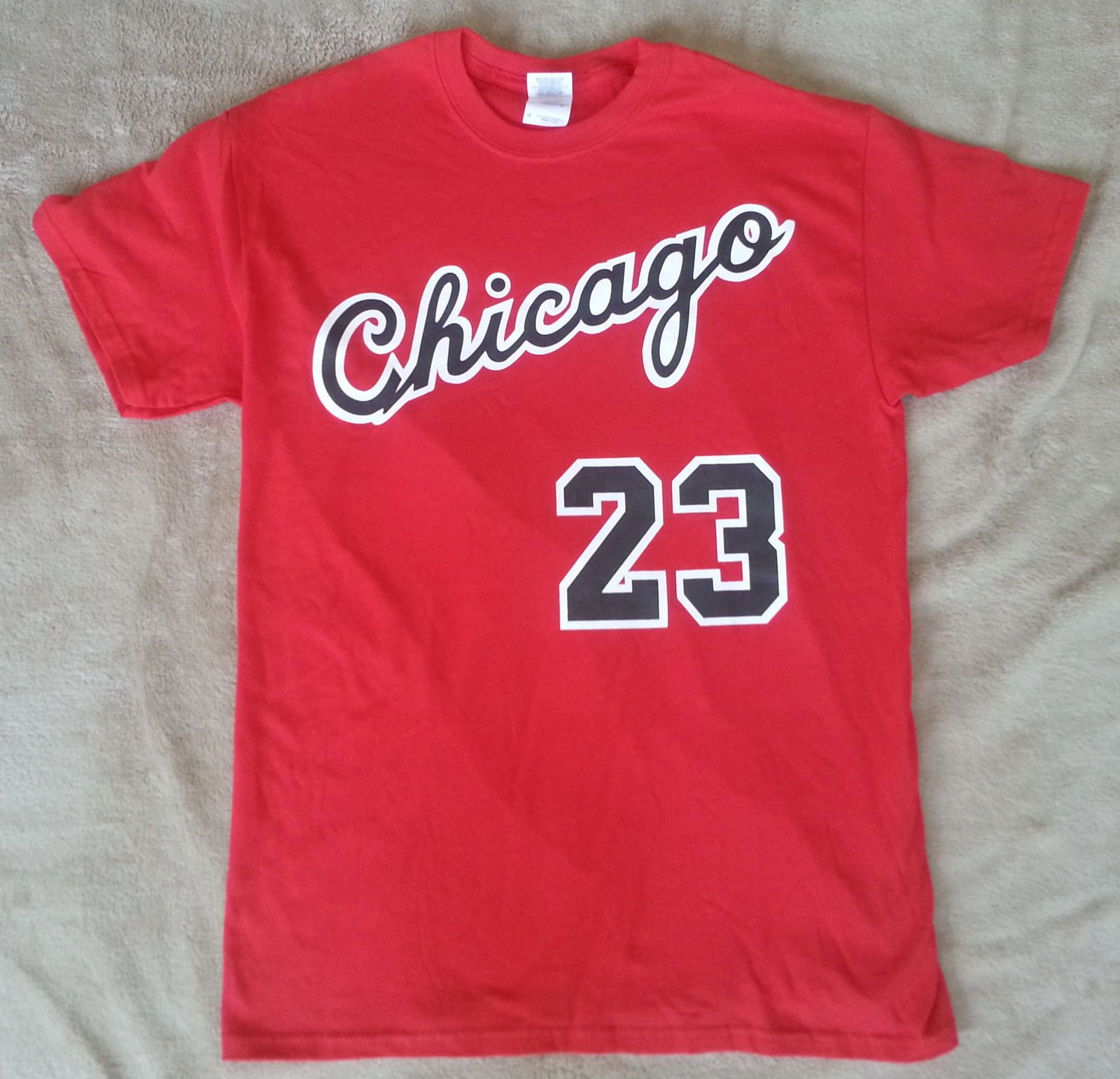 f516e4c281fec3 Chicago Bulls Michael Jordan Rookie year vtg style Jersey T-shirt    Sweatshirt.